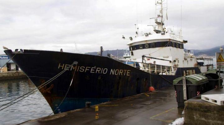 Hallan 20 cadáveres sin identificar en un barco a la deriva junto a Islas Turcas y Caicos