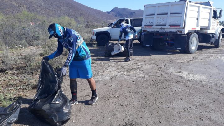 Por el cuidado del medio ambiente: Realizan pesca de plástico en el Puerto de Guaymas