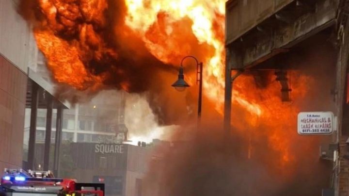 VIDEOS: Explosión en Londres desata voraz incendio; reportan 2 heridos y negocios calcinados