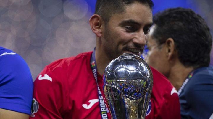 Jesús Corona firmaría dos años más con la máquina del Cruz Azul