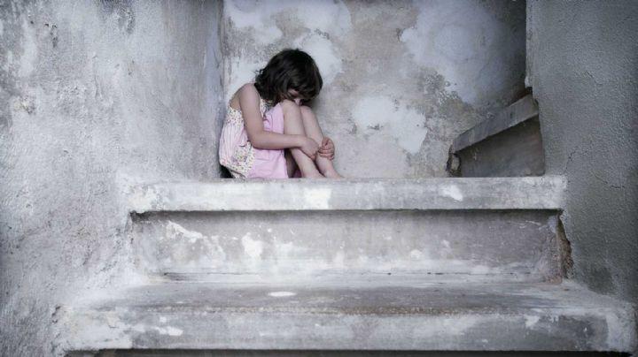 Soldado intenta violar a una niña de 8 años en el baño de un tren; ella impide el ataque
