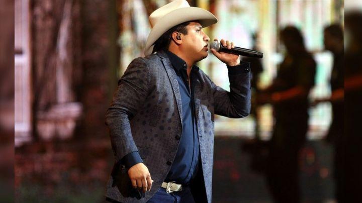 ¡'Incomparable'! Julión Álvarez enloqueció a fans al hacer esto en pleno concierto