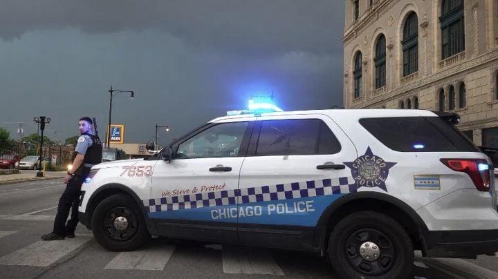 Pandilleros disparan en la cabeza a una joven de 14 años de origen hispano en Chicago