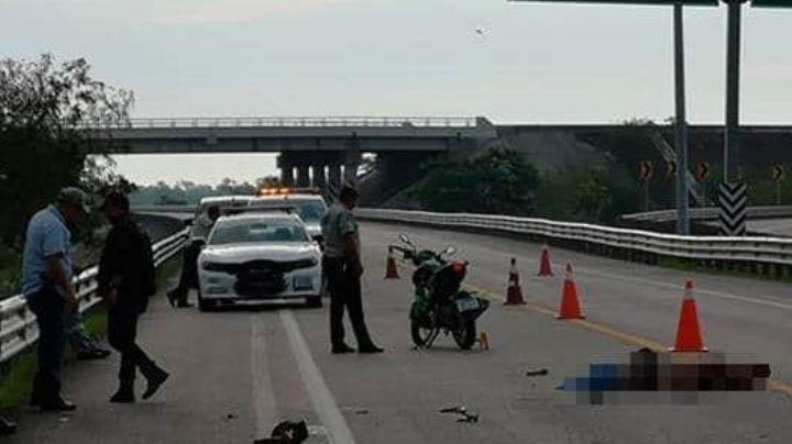 Motociclista fallece en aparatoso accidente; viajaba con su hermano hacia su trabajo