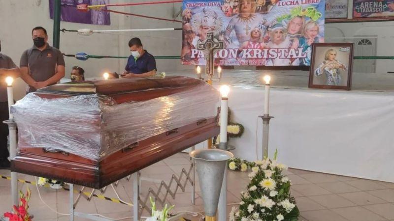 Luto en los encordados; dan último adiós al luchador Pasión Kristal en Tabasco