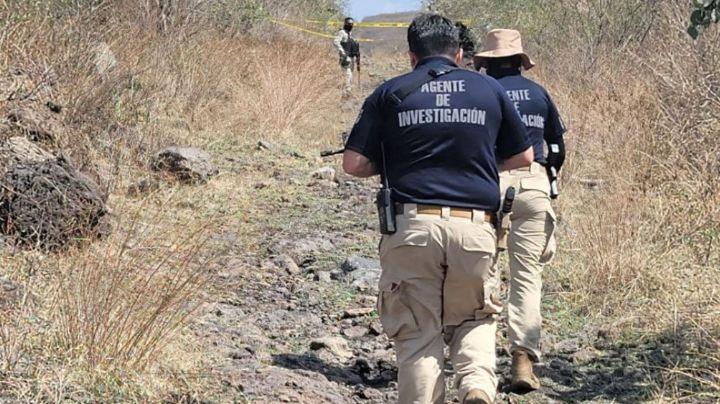 Domingo sangriento: Descubren cadáver en estado de descomposición en camino de terracería