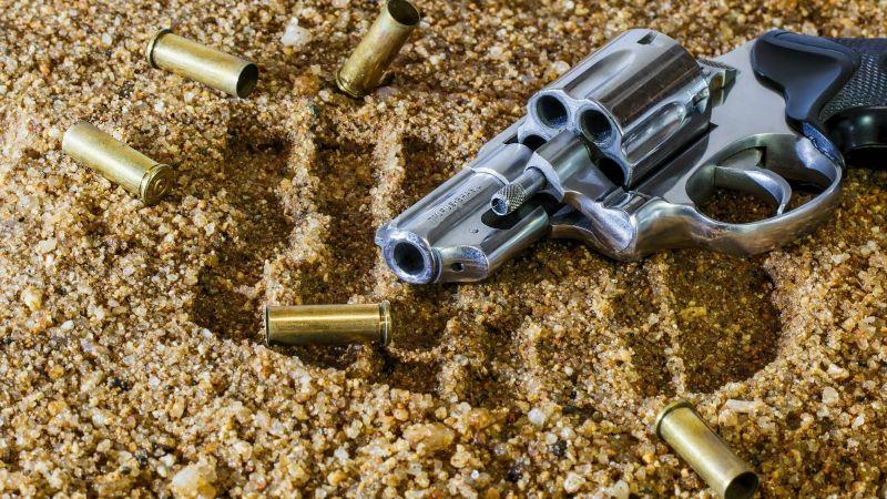 A sangre fría: Luis Enrique acribilla violentamente a una mujer en el interior de su casa