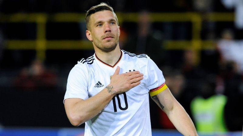 Querétaro buscaría realizar otra 'bomba' en el mercado y fichar a Lukas Podolski