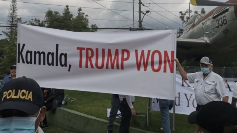 """Trump won"": Reciben a la vicepresidenta Kamala Harris con protestas en Guatemala"