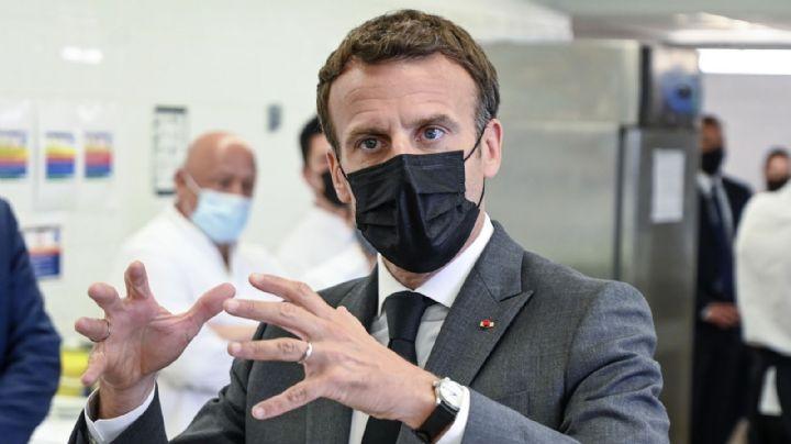 VIDEO: El momento en que un ciudadano abofetea al presidente de Francia
