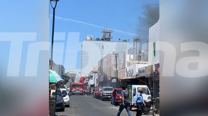Incendio en conocido restaurante desata el caos en Hermosillo; reportan 5 heridos