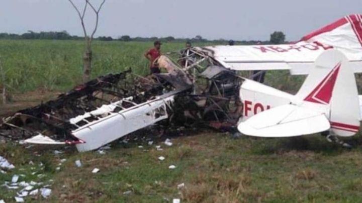 Tripulantes de avioneta se salvan de morir quemados; la aeronave se incendió al caer