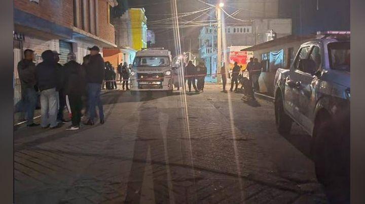 Tras ser atacado a quemarropa, hombre queda sin vida a un costado de una camioneta