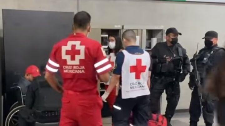Tiene 35 años: Víctima es golpeado y asaltado en GDL; huye y pide ayuda en el Tren Ligero