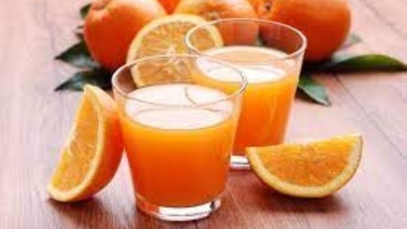 Este jugo de naranja con perejil te ayudará a tener una mejor circulación