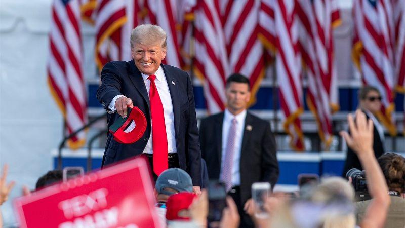 ¿Trump a la cárcel? Tras ser acusado por delitos fiscales, su director financiero se entrega