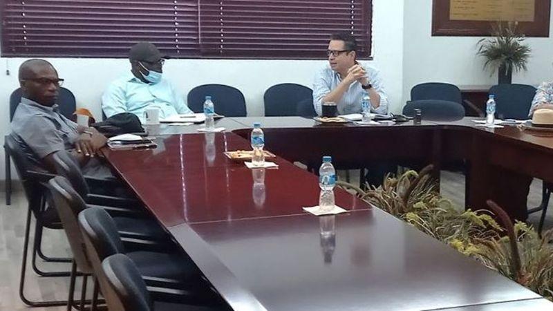 Autoridades del Valle del Yaqui recibe a funcionarios del Banco Central de Nigeria