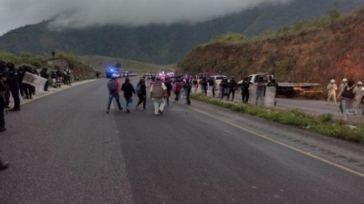 Fuerte choque en autopistaPuebla-Córdoba; deja 1 muerto y 3 menores heridos