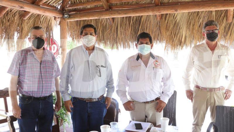 Trabajadores de proyectos en comunidades yaquis están inconformes; piden una solución