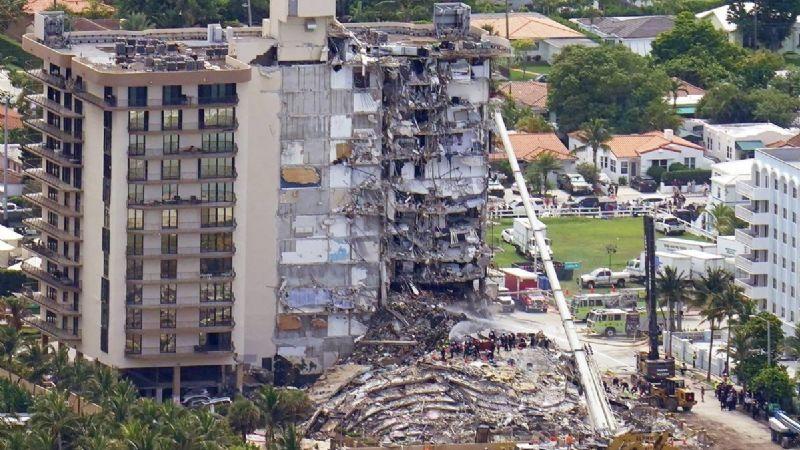 FOTOS: Van 90 víctimas fatales tras el colapso del edificio en Miami; hallan a 3 niños