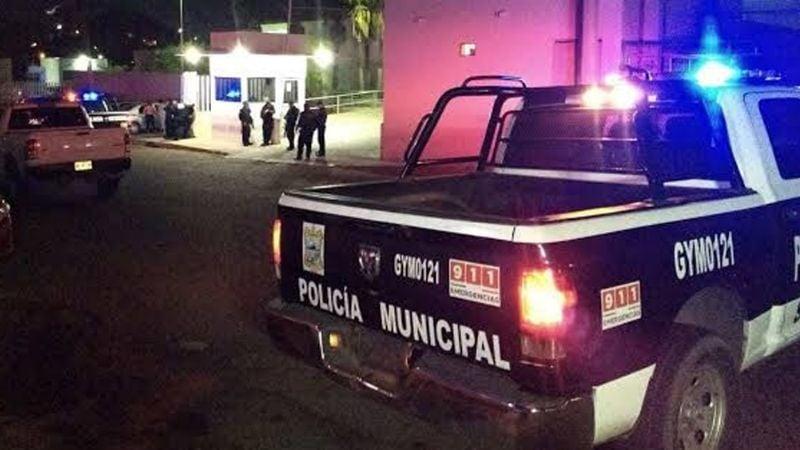 Isaac caminaba hacia su casa y acabó en hospital: Sujeto lo apuñala en pleno centro de Guaymas