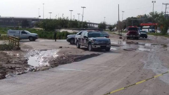 Bomberos recuperan el cuerpo de una mujer que fue arrastrada por intensa inundación