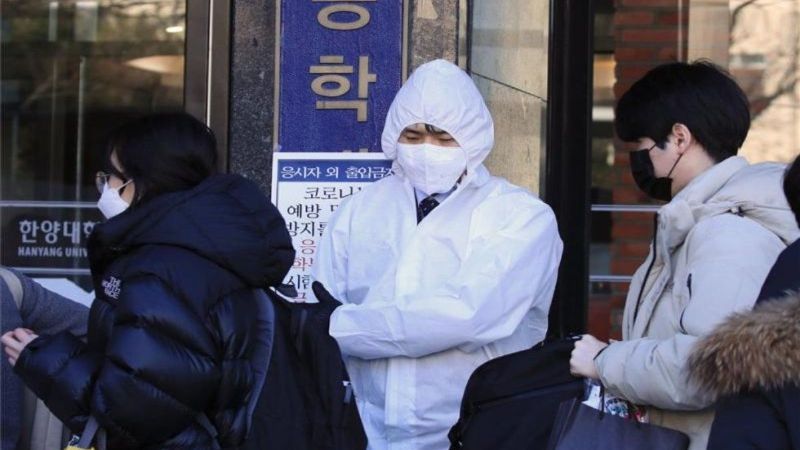Covid-19: ¡Terror en Corea del Sur! Rompe récord en casos diarios; entra en estricta contingencia