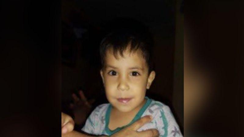Familiares piden ayuda para encontrar a Emiliano López en Cajeme; tiene 2 años y corre peligro