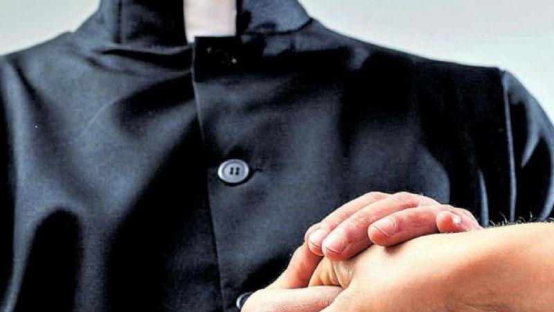 Un infierno: Cae sacerdote católico por tocar a menor de 17 años; lo descubren en pleno abuso