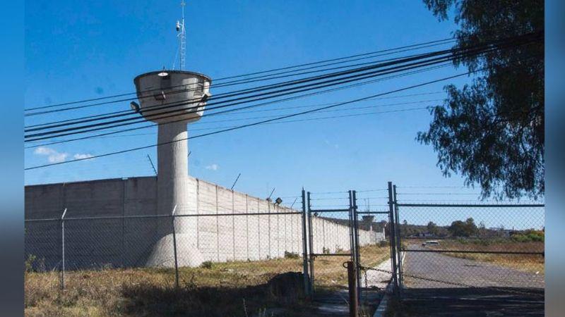 Reo es encontrado sin vida al interior de su celda en San José El Alto, Querétaro