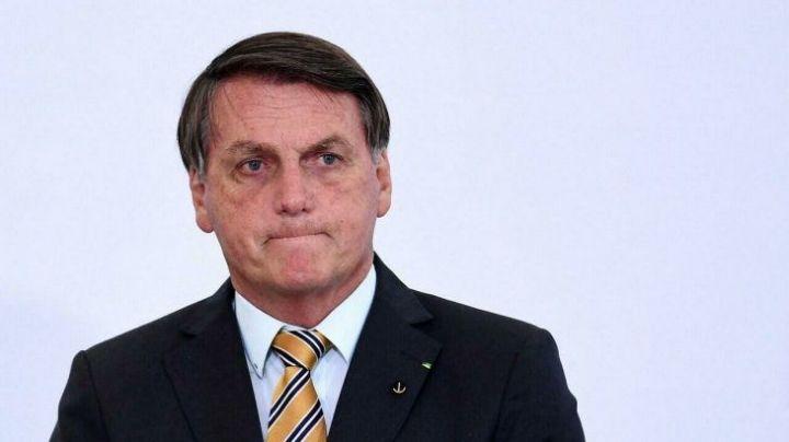 ¡De no creerse! Tras ser acusado por corrupción, Bolsonaro ingresa a nosocomio de Brasil