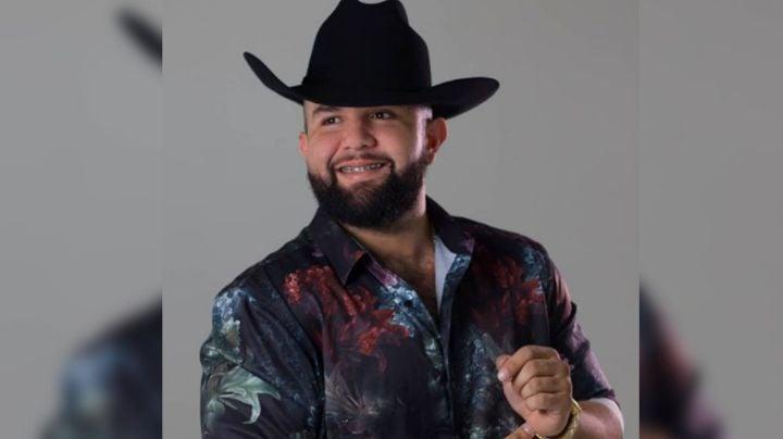 """En pleno concierto, Carin León estuvo a punto de llegar a los golpes con un fan: """"Bájale de hue..."""""""