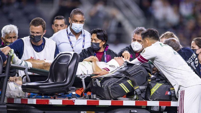 'El Chucky' Lozano abandona la concentración de la Selección Mexicana