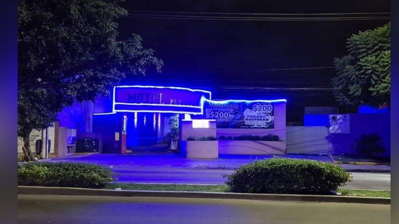 Autoridades localizan el cuerpo de un hombre al interior de un motel; estaba inerte