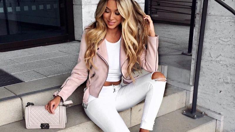'Outfit' de impacto: Con estos consejos lograrás combinar tus blusas con unos jeans blancos