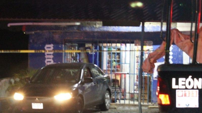 Noche de terror: Sicarios acribillan y matan a encargado de expendio de cerveza; le dieron 10 tiros