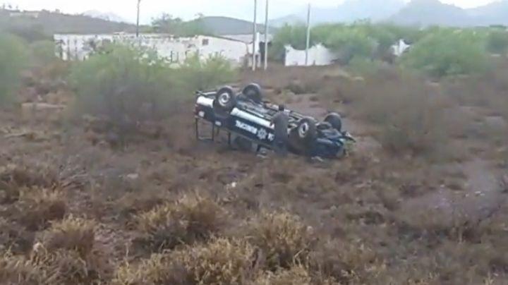 Guaymas: Un oficial resulta lesionado tras volcar en su patrulla en San Carlos