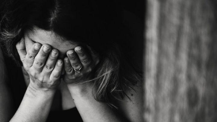 Cruel feminicidio: José mata a puñaladas a su esposa; tiró su cuerpo en la calle y escapó