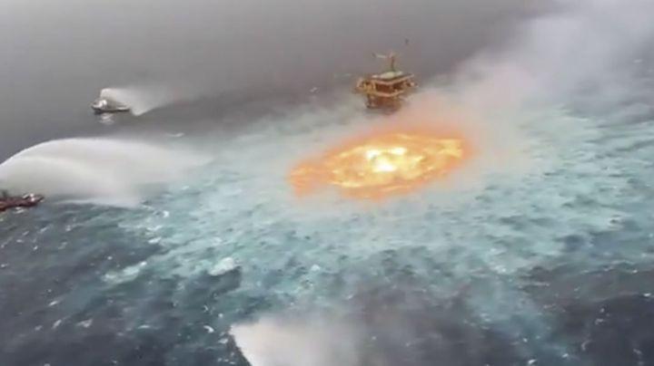 (VIDEO) Arde plataforma de Pemex Ku Charly: Así fue el impresionante incendio