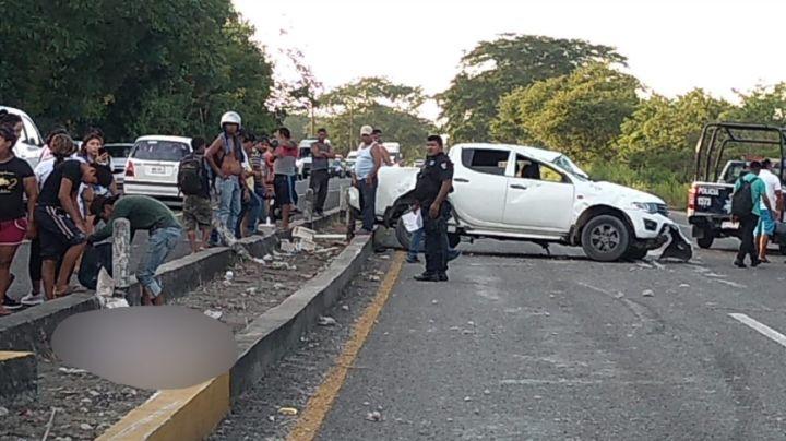 Obrero muere en accidente vial sobre carretera; la camioneta dio varias vueltas