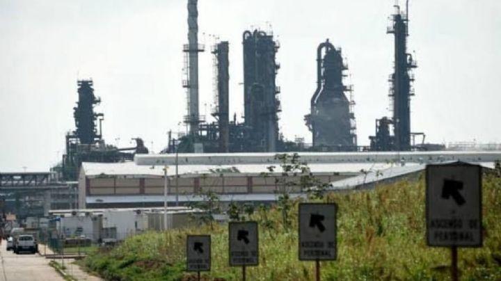 Veracruz: Mueren tres jóvenes sepultados por roca fosfórica en planta de Coatzacoalcos
