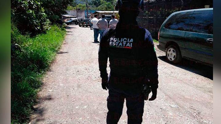 Hombres armados privan de la vida a un joven que paseaba por la calle; murió al recibir atención