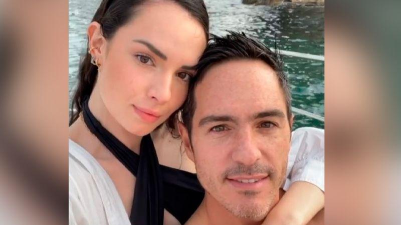 """Mauricio Ochmann estalla por críticas a su amor con Paulina Burrola y lo tunden: """"A ver si duran"""""""