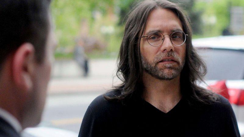 Juez ordena a Keith Raniere, exlíder de NXIVM, pagar 3.5mdd a 21 de sus víctimas
