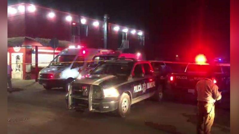 Ciudad Juárez se tiñe de rojo: Al exterior de un bar, sicarios acribillan a cinco personas; dos murieron