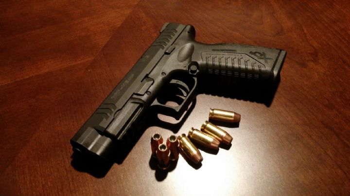 VIDEO: Una joven de 18 años pierde la vida tras quedar atrapada en pleno tiroteo