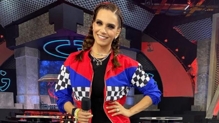 Tunden a Tania Rincón por 'homenajear' a conductor de TV Azteca en vivo en Televisa: FOTOS