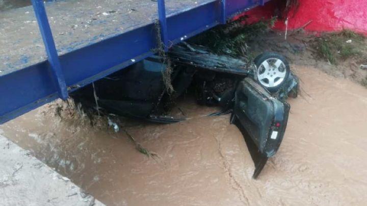 Identifican a mujer que murió arrastrada por el agua con su auto en Nogales