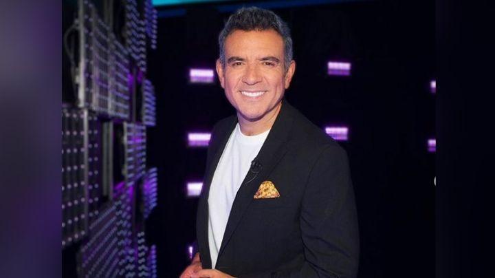 """¡Adiós Televisa! Héctor Sandarti 'humilla' a San Ángel y presume su regreso a Telemundo: """"Mi casa"""""""