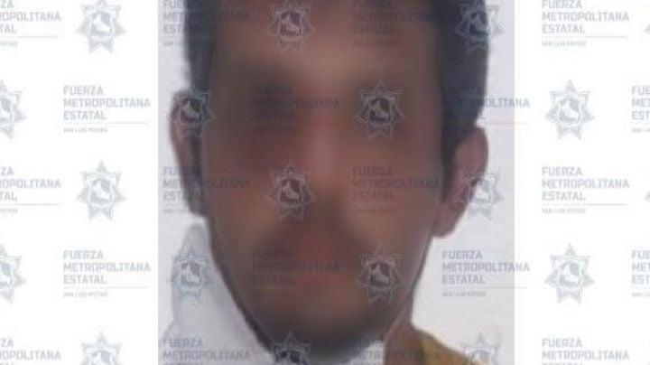 Él es Pedro, un hombre acusado de intentar matar a su propia madre; la atacó con un taladro